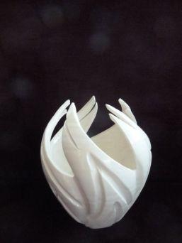 Porcelain flame vessel a